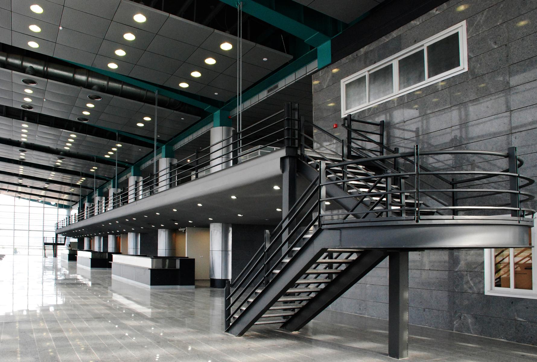 ShahinShahr Bus Terminal 07