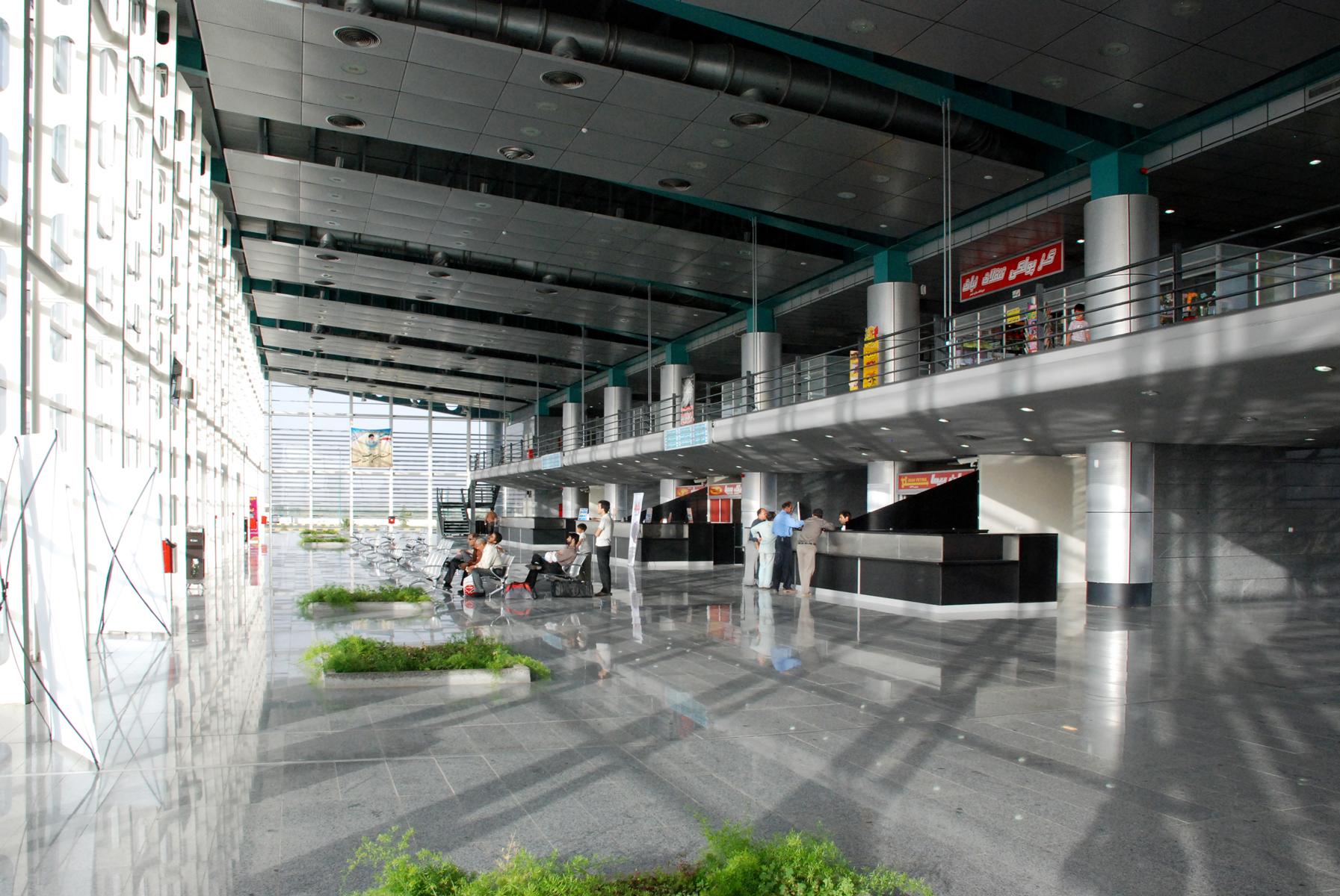 ShahinShahr Bus Terminal 13